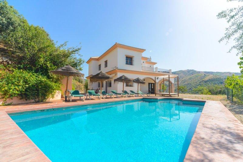 Villa Las Palomeras, holiday rental in Comares