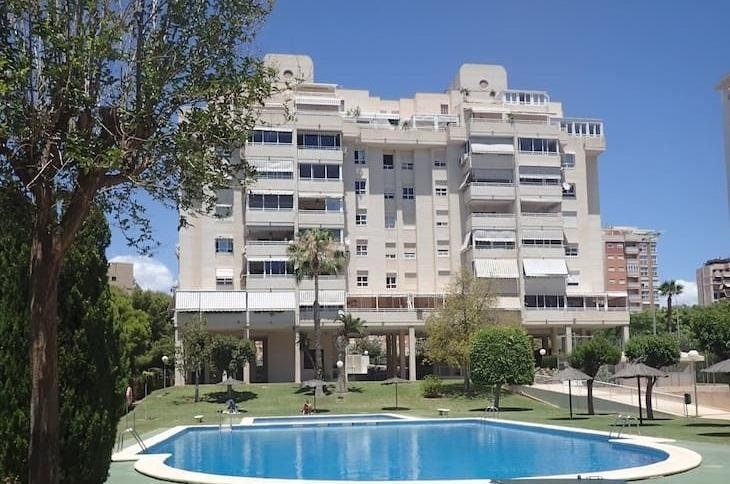 LUXURY APARTMENT AND URBANIZATION in the most exclusive residential area of Alicante