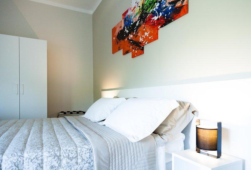 A Santa Rosa B&B Suite Matrimoniale, vacation rental in Giorgilorio