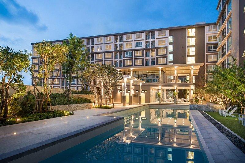 Baan Peang Ploen Condominium by Sansiri Room B205, holiday rental in Ban Nong Kae