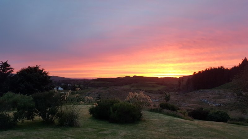 Sunset over the gardens