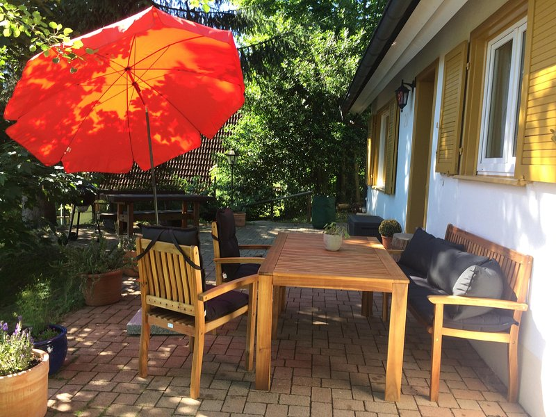 Detached Holiday house on a large plot of land (1,100 sqm.)