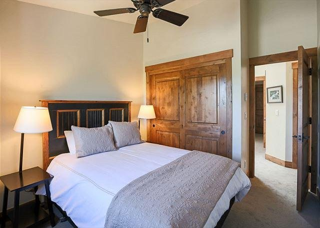 Royal Glen Master Bedroom Frisco Lodging Vacation Rental