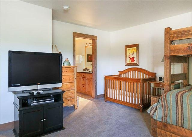 Royal Glen Lower Level Frisco Lodging Vacation Rental