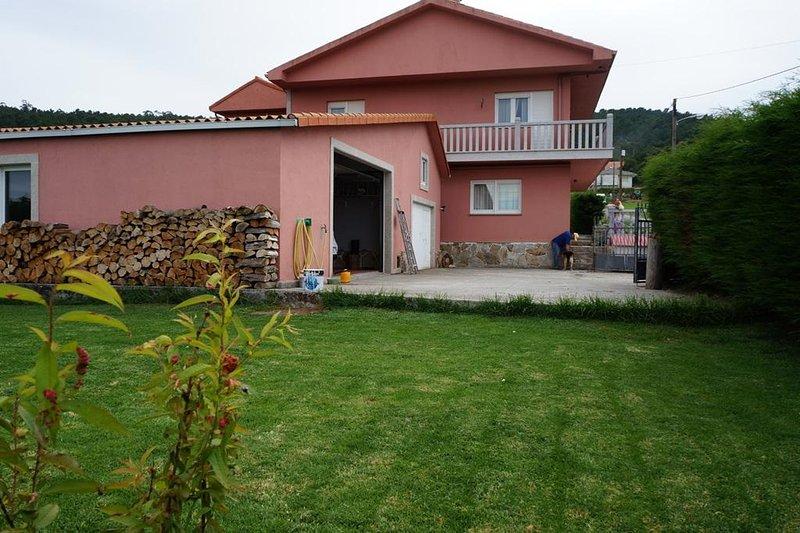 Bajo en zona rural Finisterre, vacation rental in Nemina