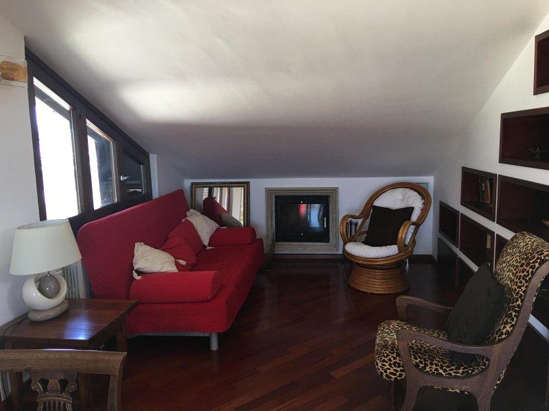 IL TETTO TRA LE NUVOLE, holiday rental in Palazzolo Acreide