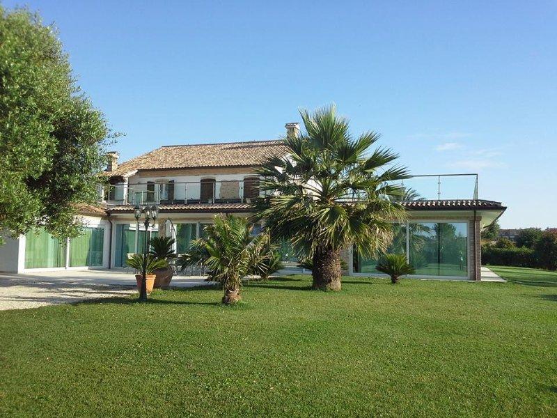 Villa Belvedere Degli Ulivi, vakantiewoning in Direttissima del Conero