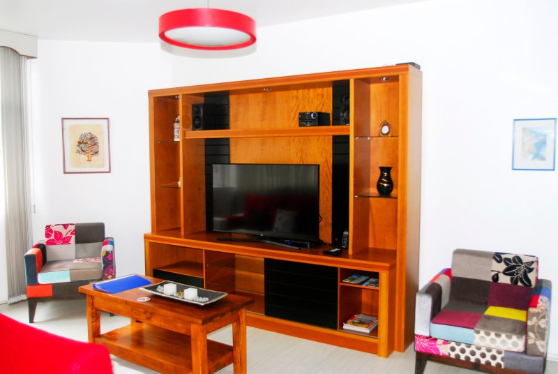 Copacabana Apartment, 30 mts. from the beach, alquiler de vacaciones en Río de Janeiro