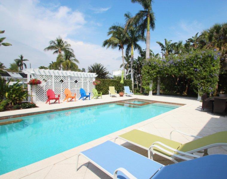 luxury rentals old naples captain s cottage walk to beach and 3rd rh tripadvisor com