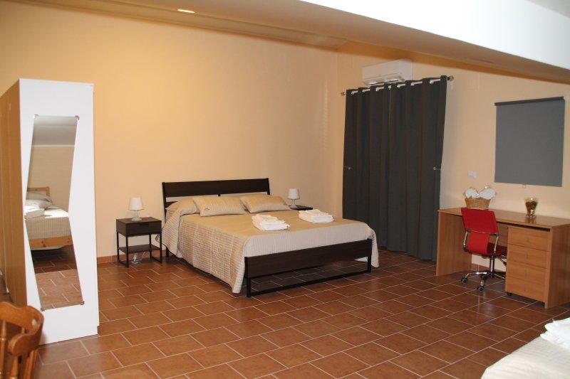 Camera Doppia - B&B BonLet, vacation rental in Orto Liuzzo