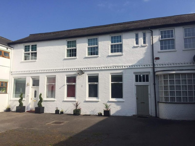 A period property in Uphill Lincoln with free parking.