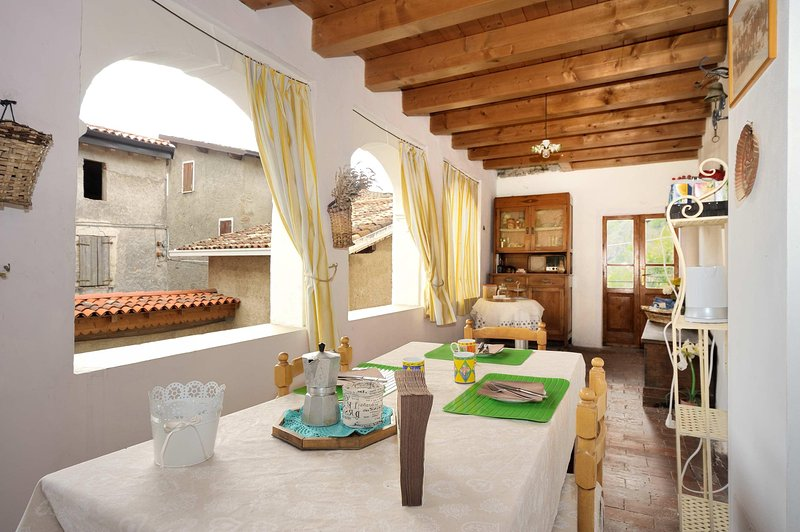 La Loggia - holiday home & Bnb, vacation rental in Prevalle