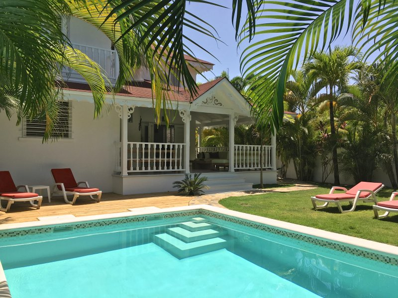 VILLA JONA at the BEACH and TOWN , Top location !, holiday rental in Samana Province