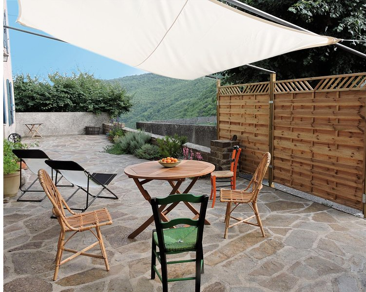 Gîte en Montagne Noire, Aude, Pays Cathare, holiday rental in Villardonnel
