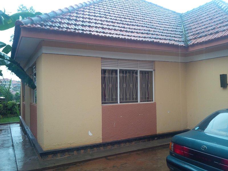 Luxury 2 bedroom House, vacation rental in Namugongo