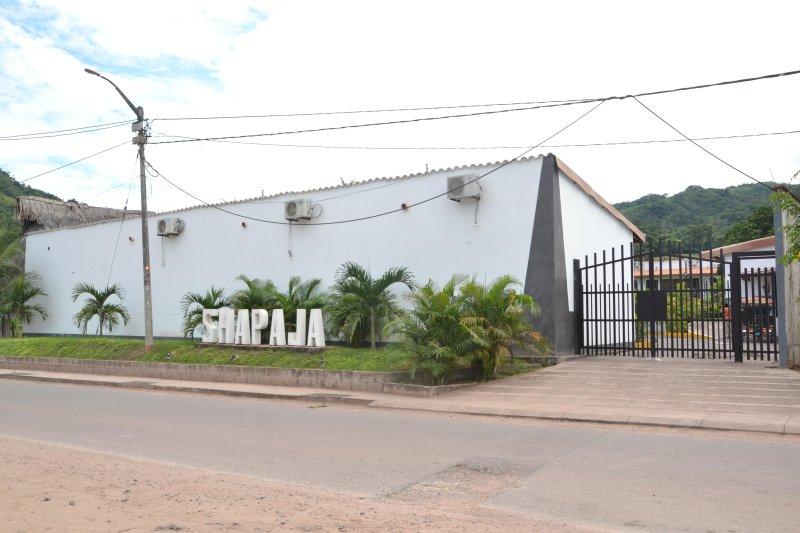 Entrance of the condominium where is Peruvian Jungle Resort