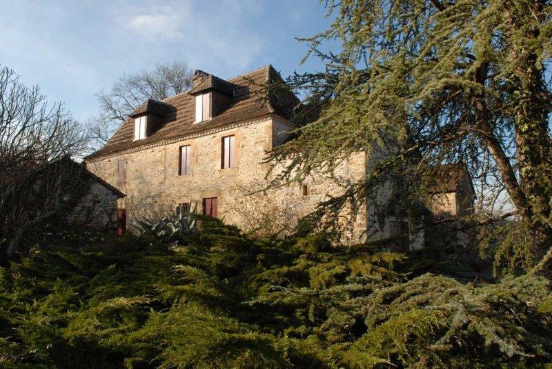 Dordogne Authentic Farmhouse 18th c Perigord, vacation rental in Thiviers