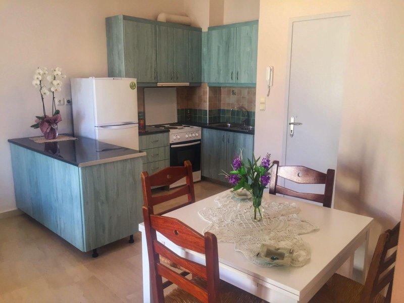 Cezanakis Apartment Chortatson, location de vacances à Agios Nikolaos