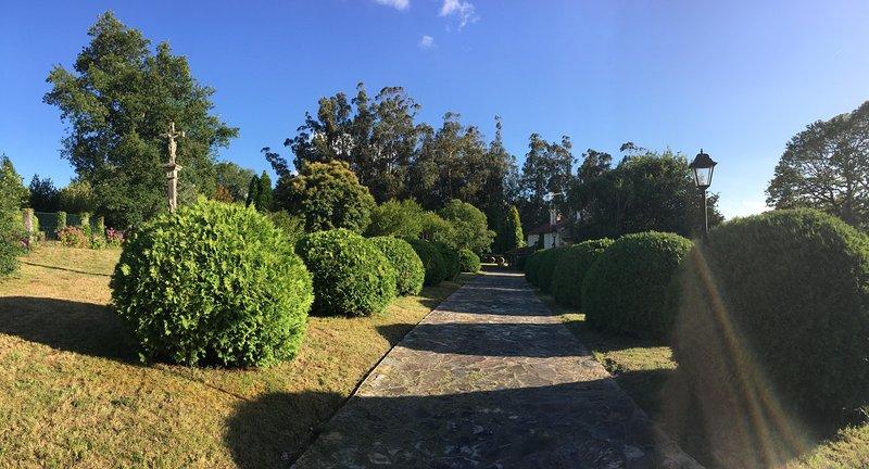 Camino interior de entrada
