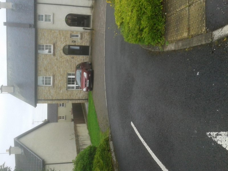 3 bed 3 toilet 2 bathroom on suite house within town boundary, alquiler de vacaciones en Enniskillen