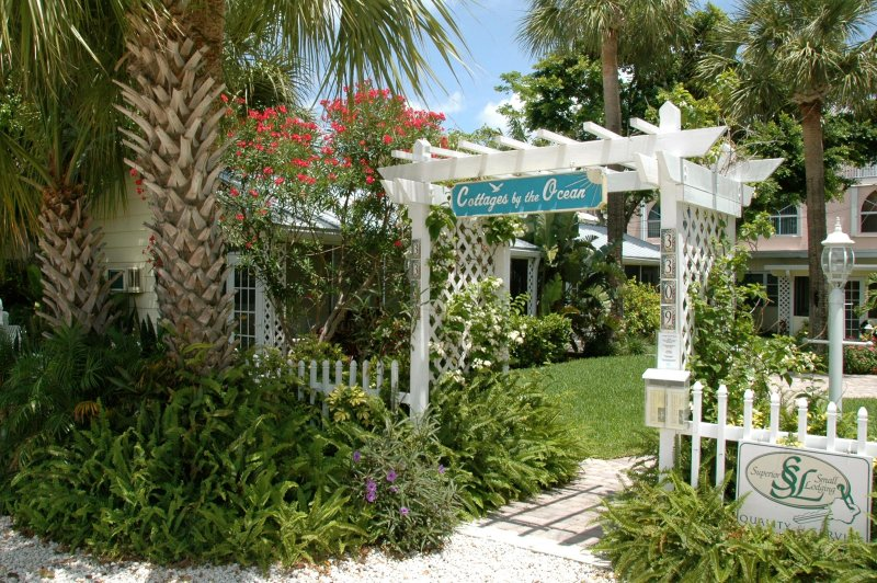 Cottages by the Ocean, holiday rental in Pompano Beach