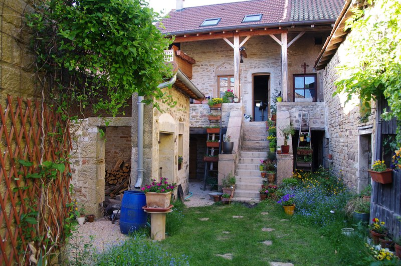 Charming Gite Review Of Charmante Petite Maison Traditionnelle Entierement Renovee Tout Confort Moderne Cortambert France Tripadvisor