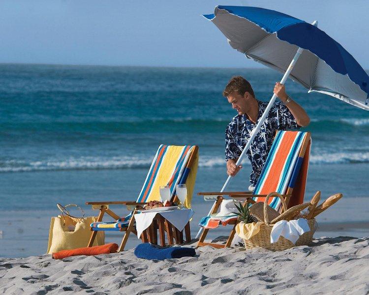 À proximité des plages de sable blanc.