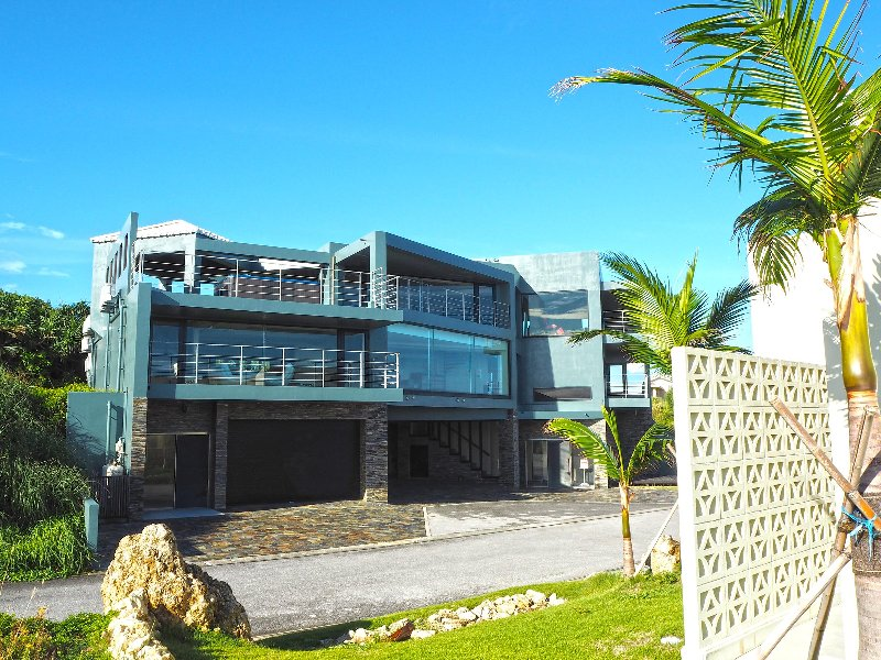 Ocean front - Luxury VILLA OMORO in Nakijin Okinawa, holiday rental in Nago