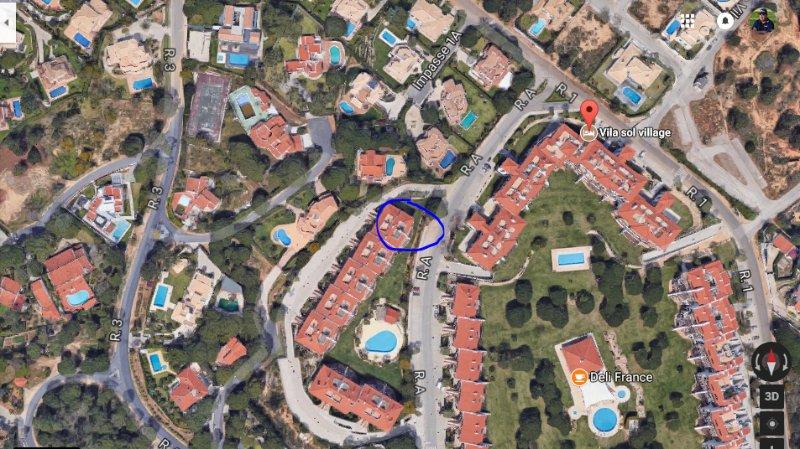 Luchtfoto van onze locatie