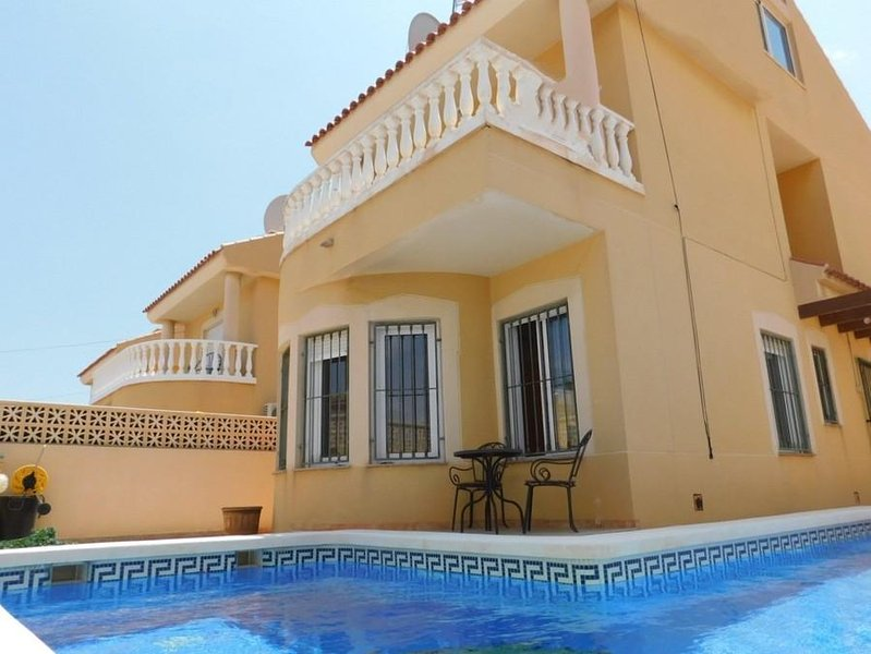 Detatched Villa in beautiful location in Bolnuevo, Mazarron, Murcia, location de vacances à Bolnuevo