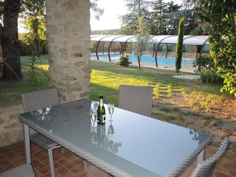 Un havre de paix en Drôme Provençale, holiday rental in Roynac