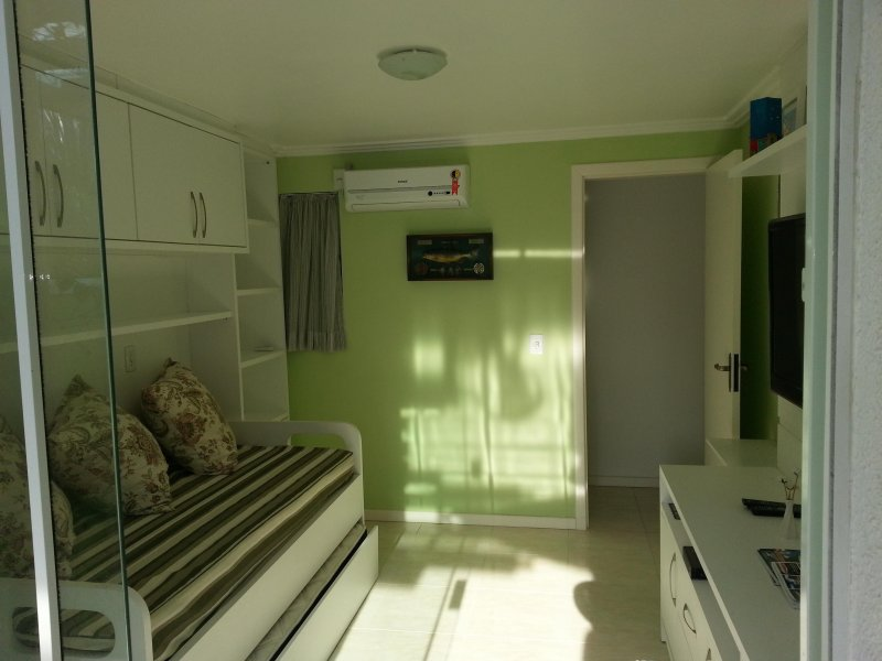 bombinhas apto centro, holiday rental in Bombinhas