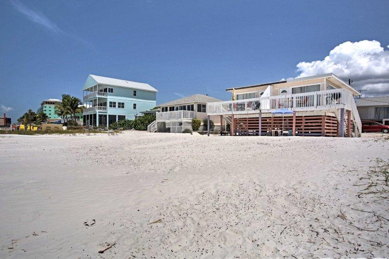 La vostra vacanza idilliaca spiaggia vi aspetta!