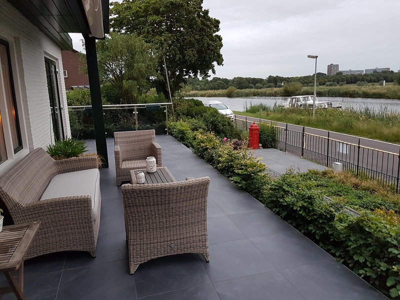 Terrace in the front