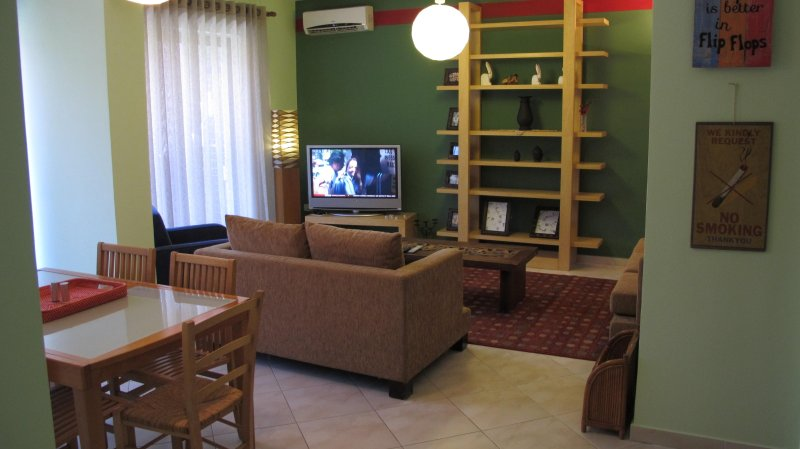 central apartment in myslym shyri st. near to all things, holiday rental in Tirana