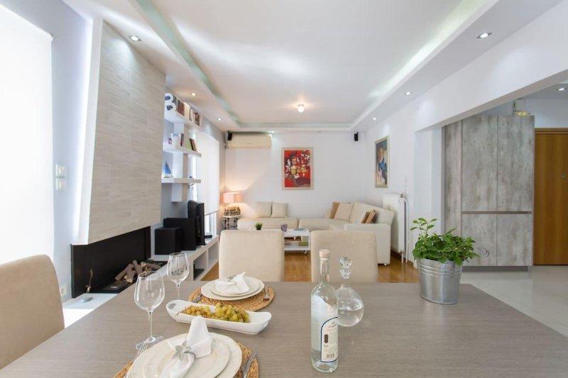 Luxury ONE block from the sea.Full extra., holiday rental in Paleo Faliro