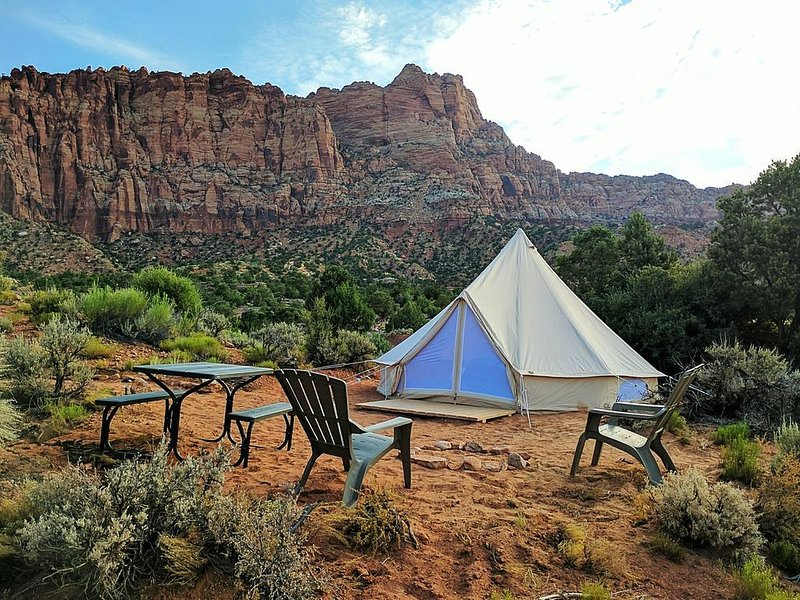 Zion Luxury Camping Tent #2, holiday rental in Hildale