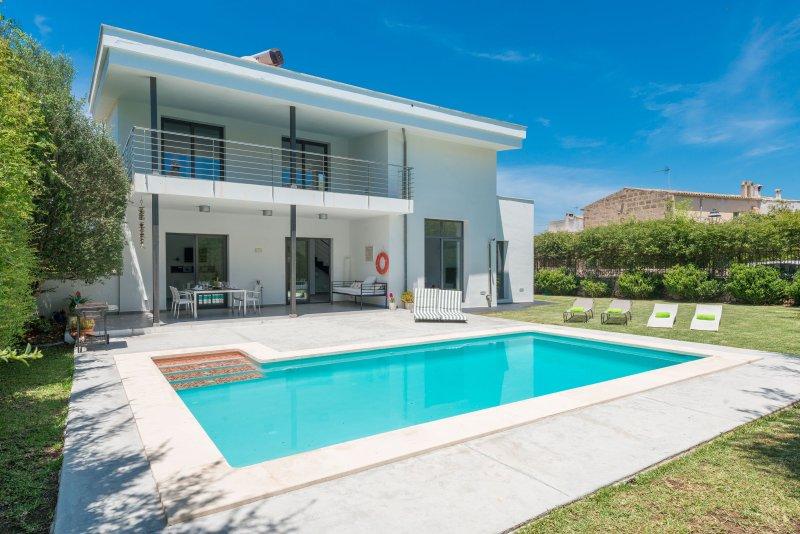 LLIMONERA (COSTITX) - Villa for 8 people in Costitx, aluguéis de temporada em Costitx
