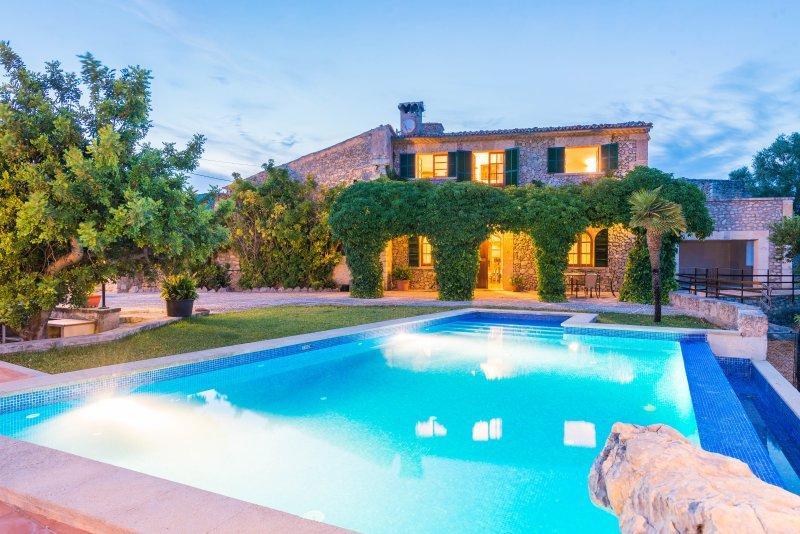 AUXELLA GRAN - Villa for 7 people in MOSCARI, vacation rental in Selva