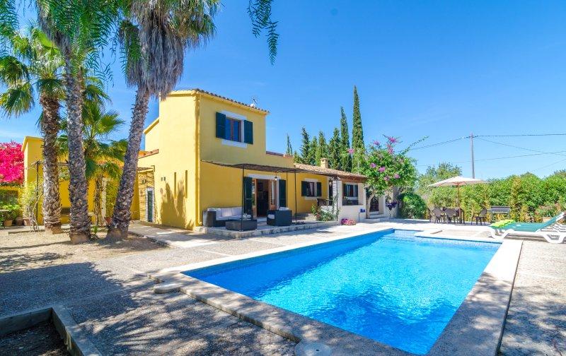 CA S'HEREU - Villa for 6 people in CALA MILLOR, alquiler vacacional en Cala Millor