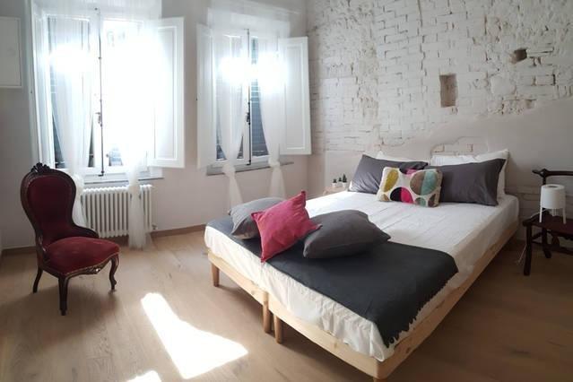 Centralissimo Elegante Attico sui Tetti di Siena, holiday rental in Moltacino