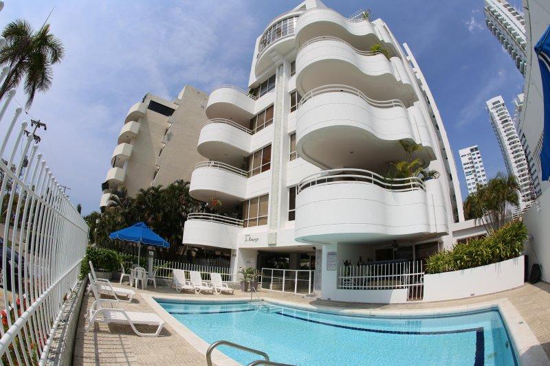 Front of building - Edificio la Marqueza most iconic Art Deco building in Cartagena!