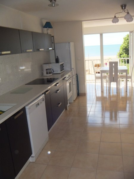 sea view at the bottom terrace. Fully equipped kitchen with worktop and granite credenza
