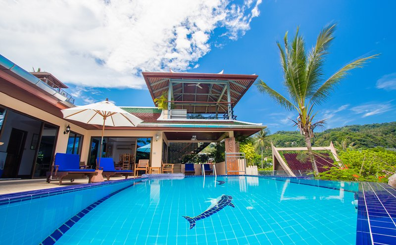 Winner Best Villa, private infinity pool, chef, breakfasts. Ocean Views,Secluded, vacation rental in Karon