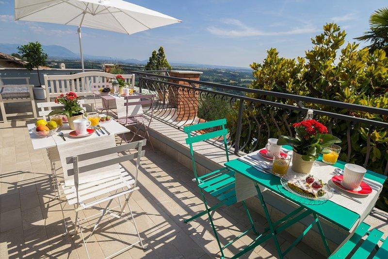 B&B La Valle del Tevere, between Rome and Sabina. Camera Pervinca., holiday rental in Ponzano Romano