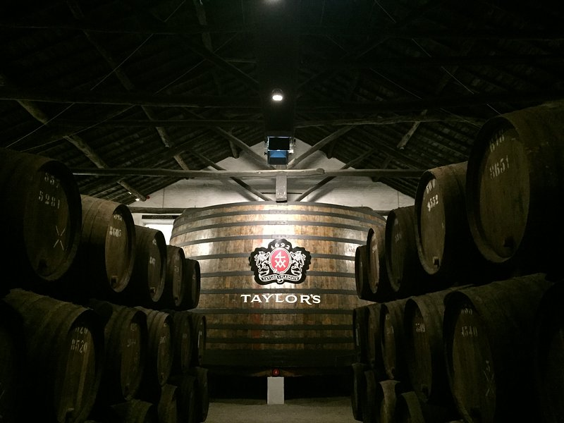 Visiting a port wine cellar with an interactive museum, port tasting and restaurant