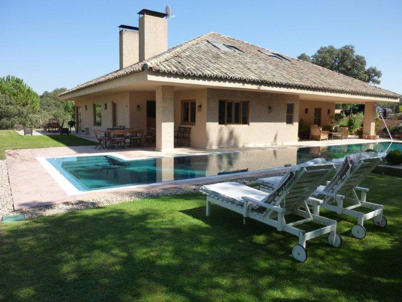 Villa Rural Las Siete Encinas, alquiler de vacaciones en Villanueva de la Cañada