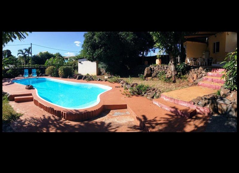 Bungalow avec piscine à l'eau de mer, location de vacances à Pointe Aux Sables