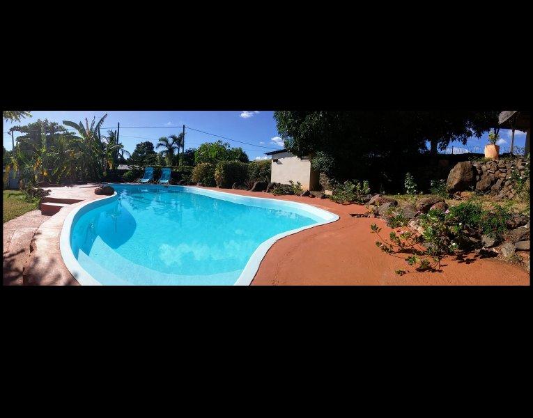 Chambres d'hôte, B & B avec piscine à l'eau de mer, location de vacances à Pointe Aux Sables