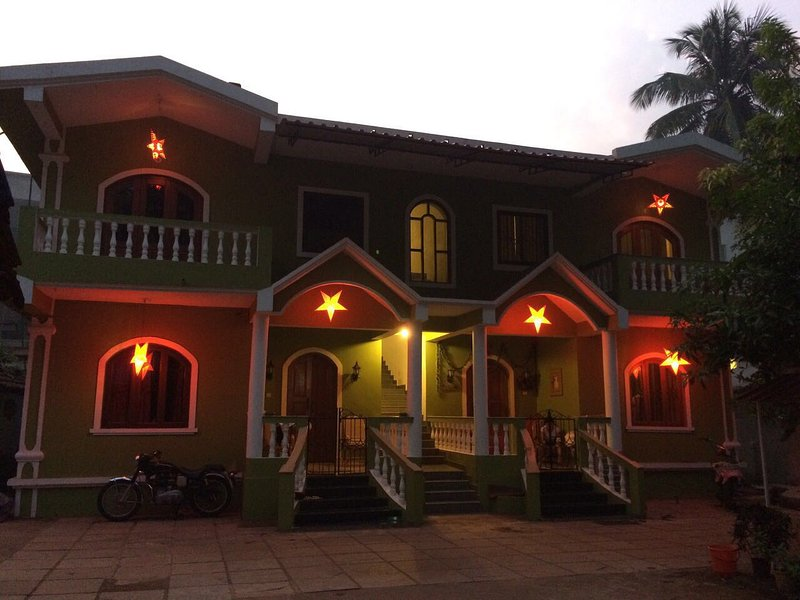 Peter's Vacation Rentals, holiday rental in Calangute